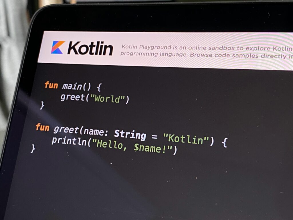Features of developing mobile applications on Kotlin